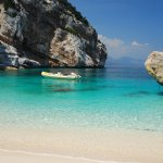 5-things-to-do-to-visit-Sardinia-beachs-saving-money