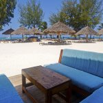 00sunset-kendwa-beach-bar-2-new